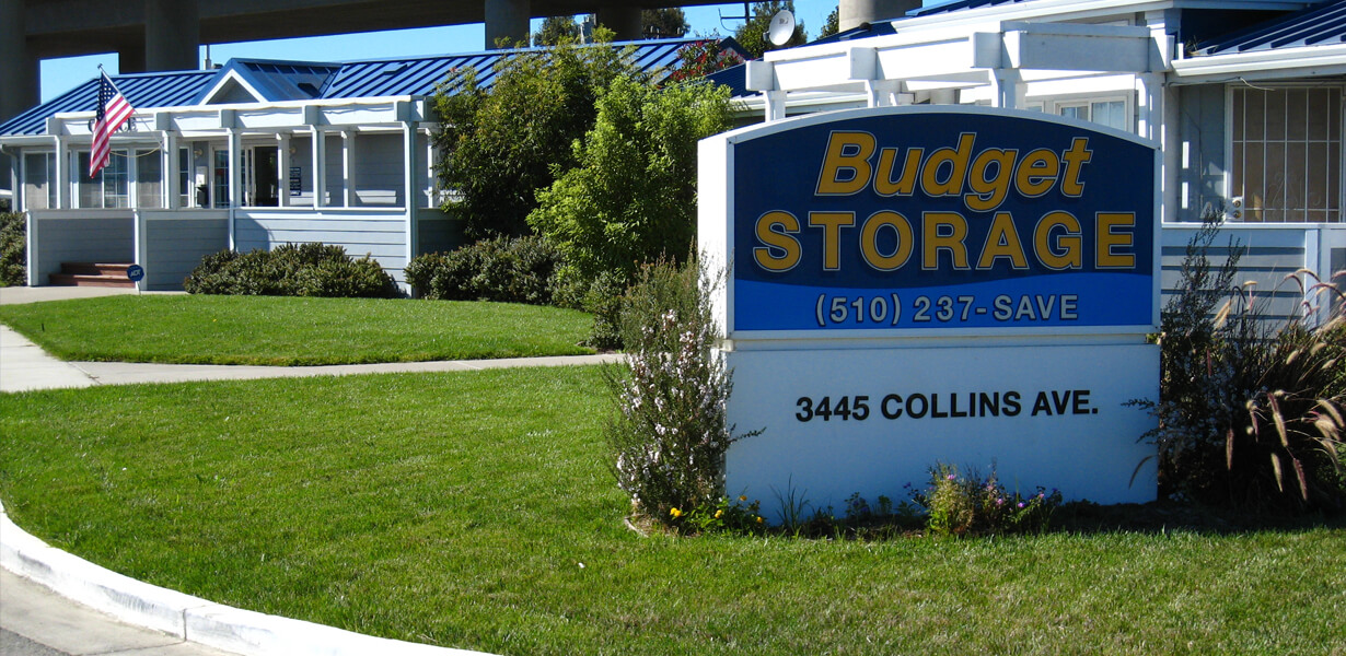 Front view of Budget Self Storage